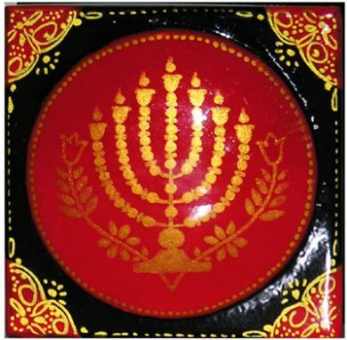 BOX * MENORAH * RED