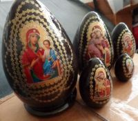 nesting russian wood  religious 5 pcs doll  eggs